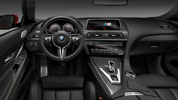 BMW M Serisi M6 Coupe Ic Tasarim